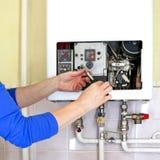 Riscaldamento a gas dell'idraulico Fotografia Stock