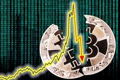 Rischio di Bitcoin di concetto di crollo Immagini Stock