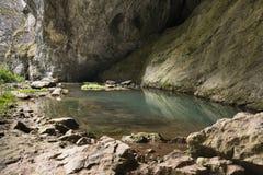 Riserva naturale del lago nella roccia Immagini Stock