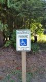 Riservato soltanto agli handicappati fotografie stock