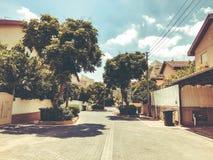 RISHON LE锡安,以色列- 2018年6月18日:在街道上的私有现代房子在Rishon Le锡安,以色列 库存照片