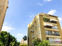 RISHON LE СИОН, ИЗРАИЛЬ - 20-ОЕ ИЮНЯ 2018: Высокий жилой дом в Rishon Le Сионе, Израиле стоковые фотографии rf