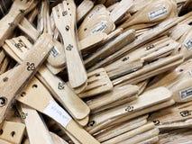 Rishon Le Zion, Israël - December 16, 2017: De houten lepels en de houten spatel met vlakte leggen en kopiëren ruimte Stock Foto