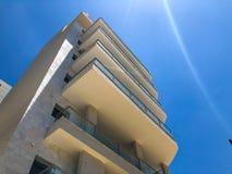 RISHON LE ZION, ISRAËL - 18 JUIN 2018 : Haut bâtiment résidentiel en Rishon Le Zion, Israël photos stock
