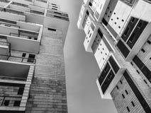 RISHON LE ZION, ISRAEL - 18. JUNI 2018: Hohes Wohngebäude in Rishon Le Zion, Israel Stockfotografie