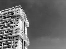 RISHON LE ZION IZRAEL, CZERWIEC, - 18, 2018: Wysoki budynek mieszkalny w Rishon Le Zion, Izrael Zdjęcie Royalty Free