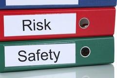Risico en veiligheidsbeheeranalyse in bedrijf bedrijfsconcept Stock Afbeelding