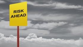 Risiken voran lizenzfreie stockfotos