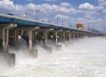 Risistemazione di acqua alla stazione di forza idroelettrica Fotografia Stock Libera da Diritti