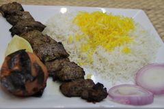 Riso arabo di biryani di kebab immagine stock