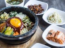 Riso coreano mis con le verdure e l'uovo con salsa coreana Fotografia Stock Libera da Diritti