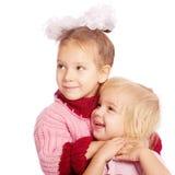 Riso de duas irmãs pequenas Fotografia de Stock Royalty Free