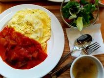 Riso dell'omelette fotografie stock