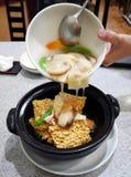 Riso fritto croccante cinese con frutti di mare Fotografie Stock Libere da Diritti