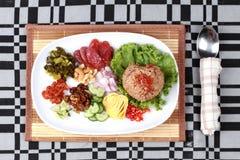 Riso fritto del gelsomino con la pasta del gamberetto, Kao Klok Kapi - tailandese Fotografia Stock
