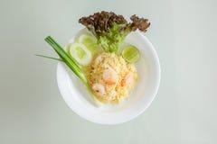 Riso fritto tailandese con i gamberetti Fotografia Stock