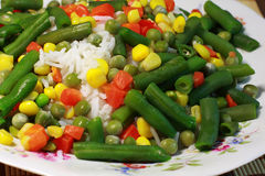 Riso, verdure, risotto - alimentazione sana immagine stock