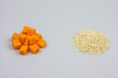 Riso z banią na białym tle Obrazy Stock
