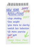 Risoluzioni 2017 del nuovo anno sul blocco note Lista di miglioramento delle intenzioni Fotografie Stock Libere da Diritti