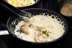 Risotto avec des champignons de couche Photos stock