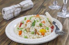 Risotto con il pollo e le verdure Immagine Stock