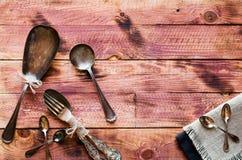 Risotto con le verdure, su fondo di legno Fotografia Stock Libera da Diritti