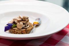 Risotto della quinoa e del fungo Fotografia Stock