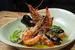 Risotto with mussels, prawns and seafood Stock Photography