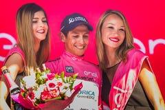 Risoul, Francja Maj 27, 2016; Esteban Chaves, Orica drużyna na podium po ciężkiej halnej sceny, Obrazy Stock