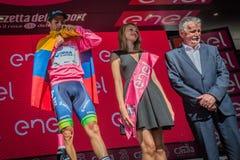 Risoul, Francja Maj 27, 2016; Esteban Chaves, Orica drużyna na podium po ciężkiej halnej sceny, Obraz Stock