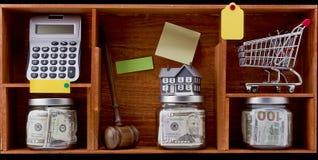 Risparmio finanziario adeguato Fotografie Stock Libere da Diritti