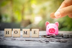 Risparmio per la casa Immagini Stock Libere da Diritti