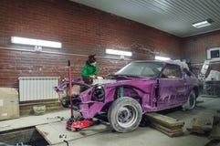 Ristabilimento dell'automobile vecchia Immagine Stock Libera da Diritti