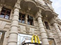 Ristorante del ` s di McDonald fotografie stock