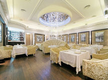 ristorante dell'interiore del classik Immagini Stock Libere da Diritti