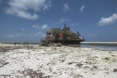 Ristorante della roccia, Zanzibar, Tanzania Immagini Stock