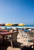 Ristorante della Sri Lanka sul mirissa della spiaggia fotografia stock libera da diritti