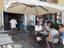 Ristorante fritto del pesce nella città di Gaeta in Italia fotografia stock