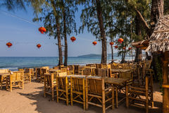 Ristorante sulla spiaggia di Tao di colpo, Phuket, Tailandia Fotografie Stock