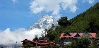 Ristoranti ed hotel nel Khumbu, Nepal Immagine Stock