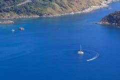 Risveglio della barca sull'oceano Immagini Stock Libere da Diritti