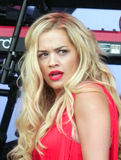 Rita Ora bei Glastonbury 2013 Stockbild