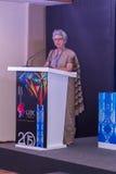 Rita Teaotia (segretario di commercio, governo dell'India) parlante agli ospiti allo IIJS Inaugration 2015 Immagini Stock Libere da Diritti