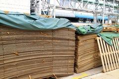 Ritagli di carta dalla fabbrica Immagini Stock