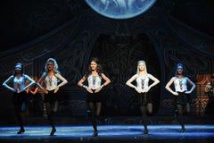 Ritmo do movimento---A dança de torneira nacional irlandesa da dança Foto de Stock