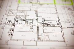 ritningar stänger upp husplan royaltyfria bilder