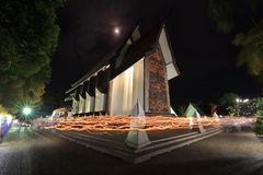 RITO de ONDULAÇÃO CLARO em igrejas de Sala Loi Temple Imagem de Stock