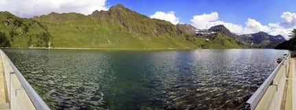 Ritom See in der Schweiz Lizenzfreies Stockbild