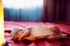 Ritratto adorabile del bambino di mesi di Fev Immagini Stock Libere da Diritti