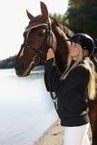 Ritratto all'aperto del cavallo e del cavaliere Fotografie Stock